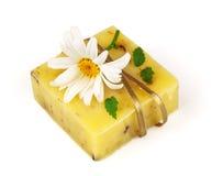 Seife mit Blume und Band stockfoto