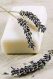 Seife mit Lavendel Stockbild