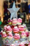 Seifen in Form von kleinen Kuchen Lizenzfreie Stockfotos