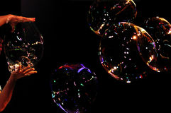 Seifenblasen Farbspiel Kunst - Soap bubbles perfor Royalty Free Stock Photography