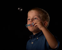 Seifenluftblasenspaß stockfotografie