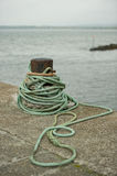 Seil auf Pier Stockfotos