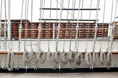 Seil auf Segelboot Lizenzfreie Stockfotografie