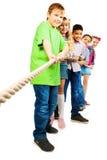 Seil, das Kinderwettbewerb zieht lizenzfreies stockfoto