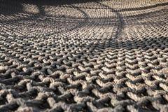 Seil-Netz mit den Knoten lokalisiert stockfotografie