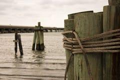 Seil und Holz Lizenzfreie Stockfotos