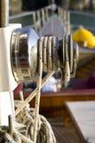 Seil und Seilrolle stockfoto