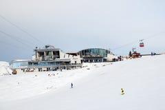 Seilbahnstationen Harmelekopfbahn und Seefelder Jochbahn bei Rosshutte in Seefeld Stockfoto