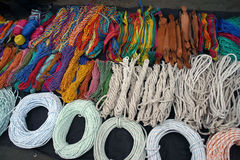 Seile vieler Farben Lizenzfreie Stockfotos