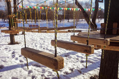 Seilpark im Winter Stockfotos