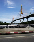 Seilzug blieb Brücke in Bangkok Stockbilder
