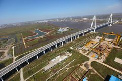 Seilzug-gebliebene Brücke Lizenzfreies Stockfoto