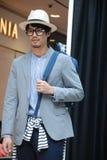 Sein ein Mode Sprint-Mode-Mannesmodell Stockfotos