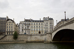 Sein flod och bro Royaltyfria Bilder