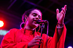 Seinabo Sey (cantante di schiocco di anima firmato all'etichetta di Universal Music) Immagini Stock Libere da Diritti