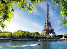 Seine and Eiffel Tower Royalty Free Stock Images