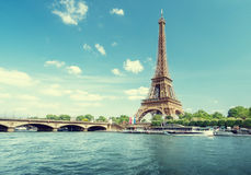 Seine in Paris with Eiffel tower in morning time Royalty Free Stock Photos
