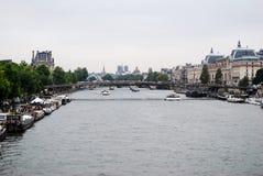Seine River em Paris imagem de stock