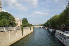 "Seinen i Paris †""Frankrike Royaltyfri Fotografi"