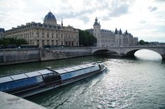 Seinen i Paris - Frankrike Arkivbild