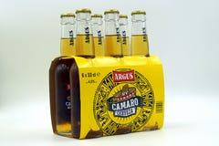 Seis cervezas de Argus Camaro del paquete foto de archivo