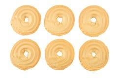 Seis galletas en los anillos de la forma aislados en blanco Fotos de archivo
