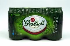 Seis paquetes de cerveza de Grolsch del holandés imagen de archivo