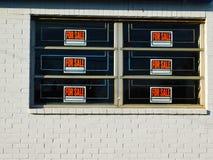 Seis para a venda em blocos e em Windows imagens de stock
