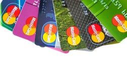 Seis tarjetas de crédito por Mastercard Foto de archivo libre de regalías