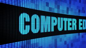 Seite des computerunterstützten Unterrichts simsen das In einer Liste verzeichnen des LED-Wand-Anzeigetafel-Zeichen-Brettes stock video