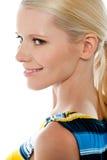 Seitenansicht der blonden hübschen Frau, Nahaufnahmeschuß stockfotografie