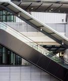 Seitenansicht der Rolltreppe Stockfotos