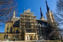 Seitenansicht der Wiederherstellung katholischer Kirche Heiliges Andrew's stockfoto
