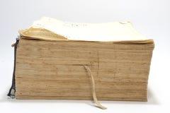 Seitenansicht des alten Buches mit Gelben Seiten Lizenzfreie Stockfotografie