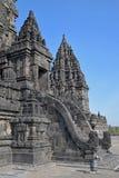 Seitenansicht von Candi oder von Tempel Siwa in den Prambanan-Tempel-Mitteln Lizenzfreies Stockfoto