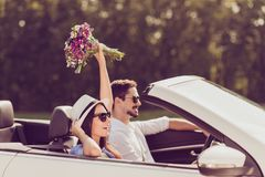 Seitenprofil schoss f verheiratete Familie, Reise, sich entspannen, kühlen, entgehen, Lizenzfreie Stockfotografie