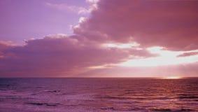 Seitlich versetzter Sonnenuntergang Stockfotos