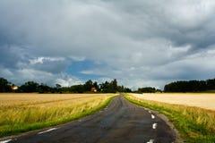 Seitliche Straße des kleinen Landes Lizenzfreies Stockbild