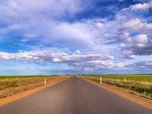 Seitliche Straße des Landes lizenzfreie stockfotografie