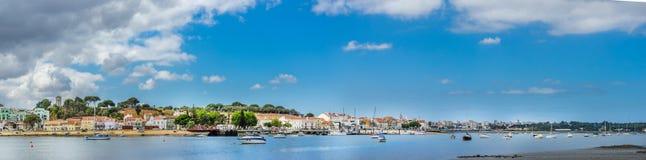 Seixal - Lissabon södra fjärd, Portugal arkivfoto