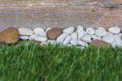 Seixos e pavimentação Foto de Stock