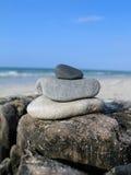 Seixos na praia Imagens de Stock Royalty Free