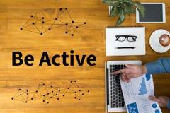 Seja ação energética ativa a ser ativa Foto de Stock Royalty Free
