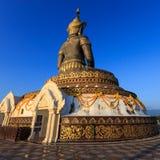 Seja atrás da imagem coroada de buddha Imagens de Stock Royalty Free