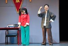 Seja - a mágica mágica histórica do drama da música e da dança do estilo - Gan Po extático Fotografia de Stock Royalty Free