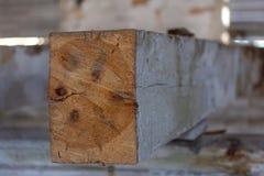 Sekcja drewnianego poparcia promie? zdjęcia stock