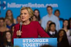 Sekreteraren Clinton på samlar i PA Fotografering för Bildbyråer