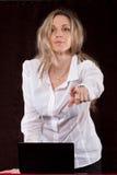 Sekreteraren pekar fingret Fotografering för Bildbyråer