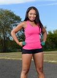 Seksowna afroamerykańska kobieta - sprawność fizyczna Zdjęcia Royalty Free
