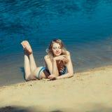 Seksowna blondynka bikini dziewczyna Zdjęcie Royalty Free